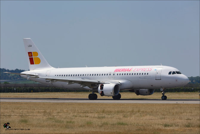 EC-LEA A320-214 1099 Iberia Express @ Aeroporto di Verona © Piti Spotter Club Verona