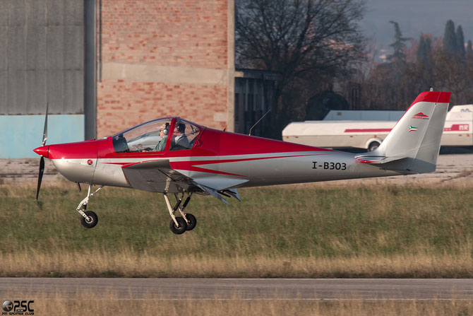 I-B303 - Skyleader 200 - @ Aeroporto Verona Boscomantico © Piti Spotter Club Verona