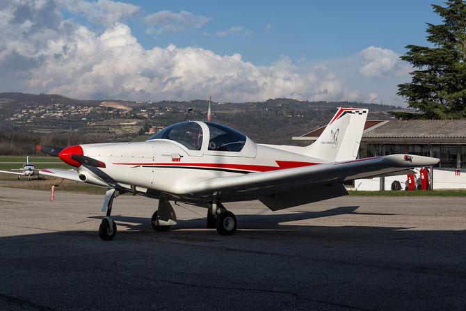 I-8798 -  Pioneer 300 Hawk