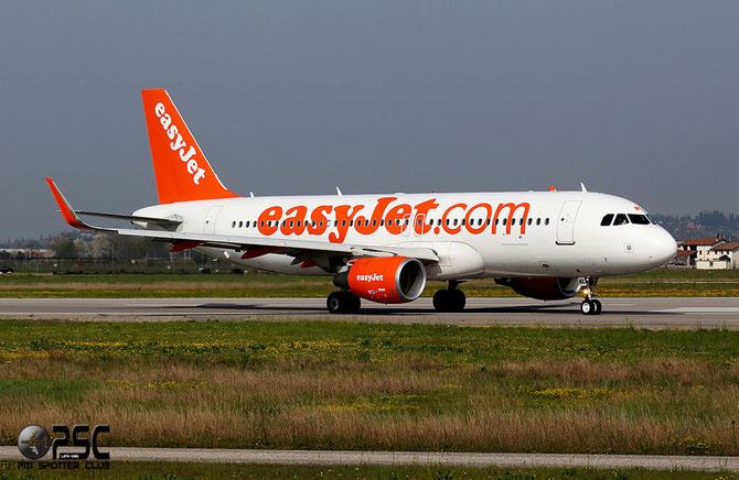 G-EZWK A320-214 5688 EasyJet Airline