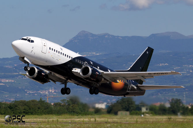 G-POWC B737-33AQC 25402/2159 Titan Airways
