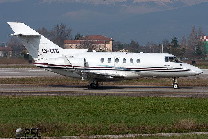 LY-LTC BAe125-800XP 258399 Charter Jets