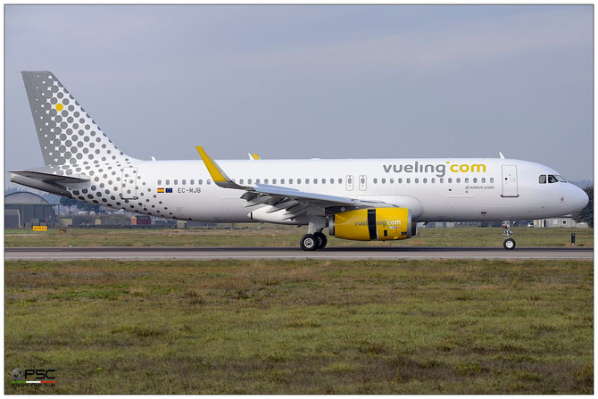 EC-MJB A320-232 6883 Vueling Airlines @ Aeroporto di Verona © Piti Spotter Club Verona