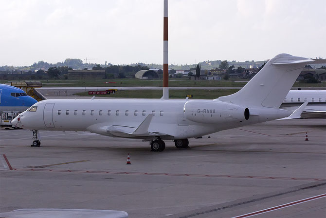G-RAAA Global Express XRS 9423 TAG Aviation (UK) Ltd. @ Aeroporto di Verona © Piti Spotter Club Verona