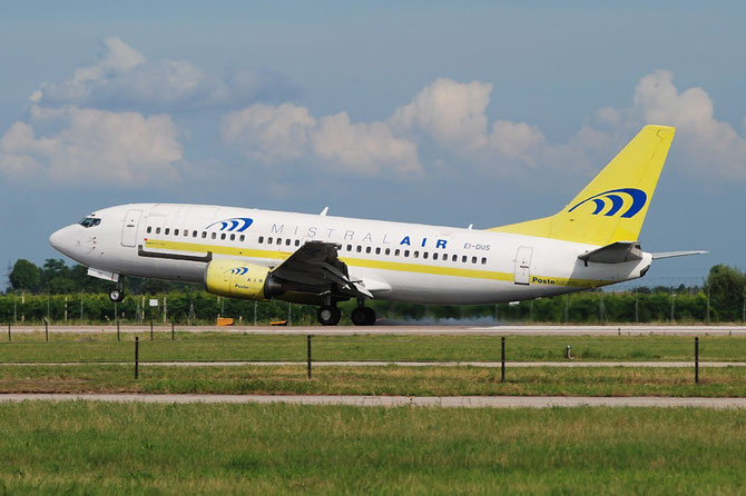 EI-DUS B737-3M8QC 24021/1630 Mistral Air