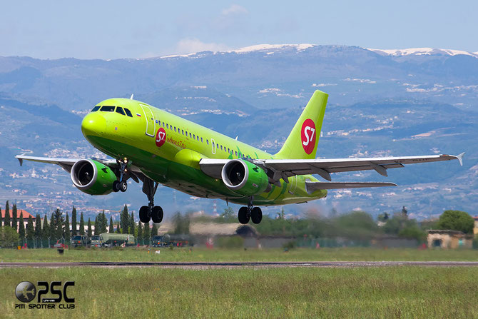 VP-BHF A319-114 1819 S7 Airlines