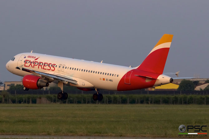 EC-MBU A320-214 1198 Iberia Express @ Aeroporto di Verona © Piti Spotter Club Verona