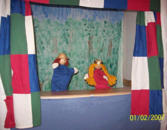 Unser neues Puppentheater