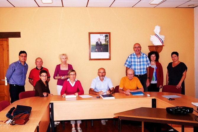1ère réunion à la Mairie de Monterfil le mardi 23 septembre 2014 en vue de la réhabilitation en présence de François Lesourd et son épouse Francine