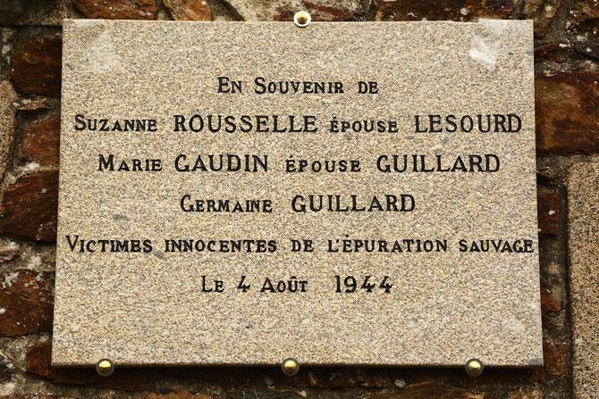 8 Mai 2016 pose d'une plaque en souvenir des 3 victimes, au monuments aux Morts de Monterfil
