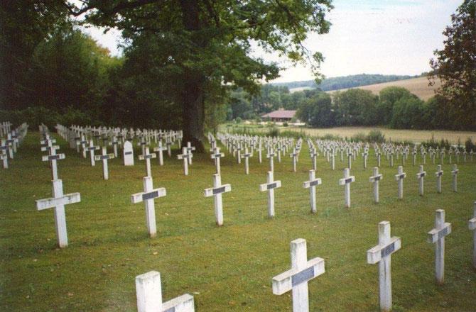 Cimetière Français au bas du Mort-Homme,1800 tombes