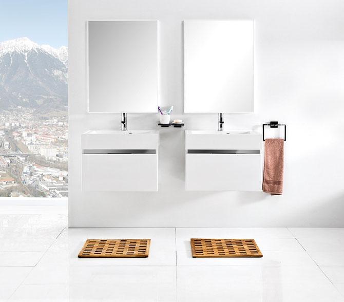 Waschplätze Vado 60, Front und Korpus weiß glänzend, Desigleiste verspiegelt, versenkte Griffleisten