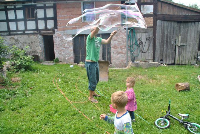Camp in my garden, camping, campen, Polen, Poland, Seifenblasen, soap bubbles