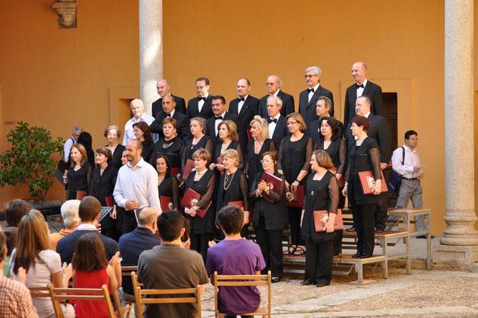 Día Europeo de la música 23 de junio de 2013 . Palacio de Bracamonte ( Avila ) Director. Carlos Saldaña