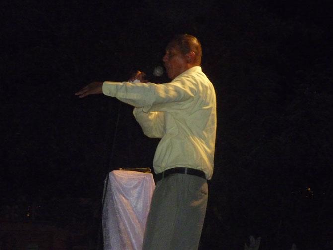 Javier Aleman ,Predicando