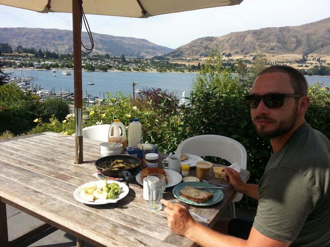 Frühstück mit Blick auf Wanaka