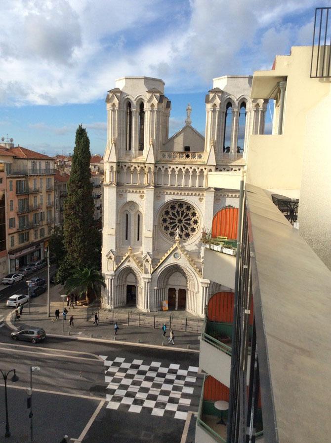 Notre Dame am Morgen