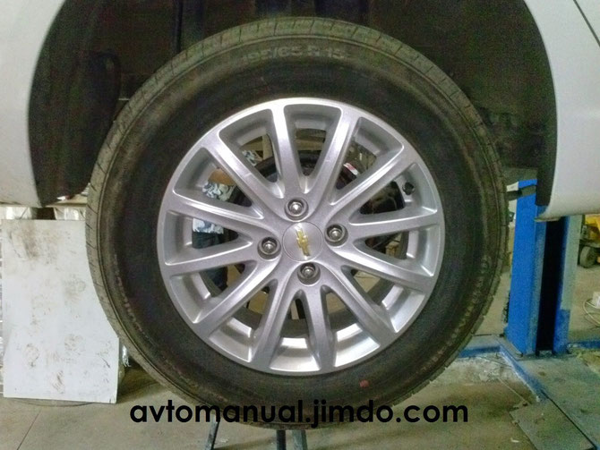 Chevrolet Cobalt wheel tire pressure