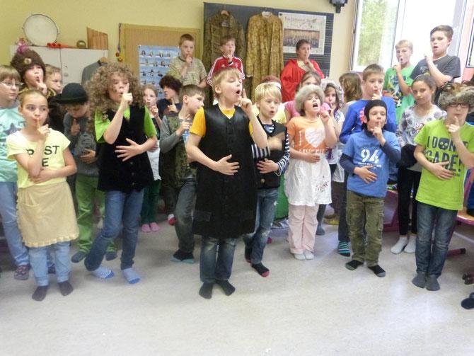 Die Schüler der 4. Klasse der Grundschule Kolkwitz
