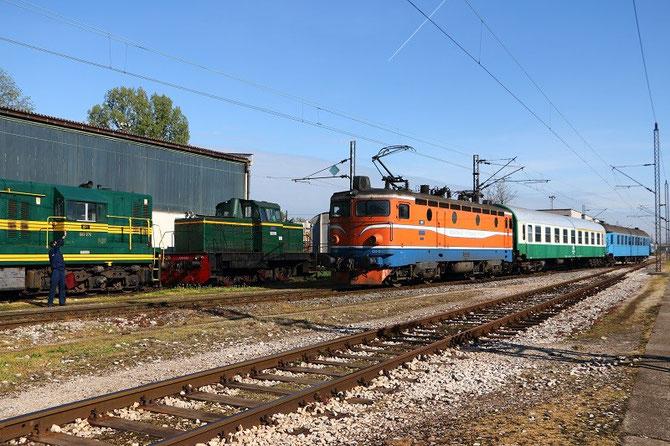 Train en provenance de Dobrljin arrivant à Banja-Luka. locomotive 441-801
