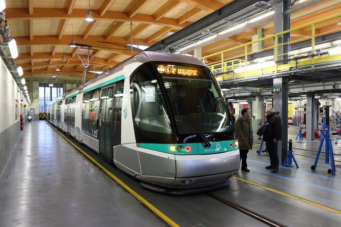 Tramway inaugural T6 à Vélizy-Villacoublay. 13 décembre 2014