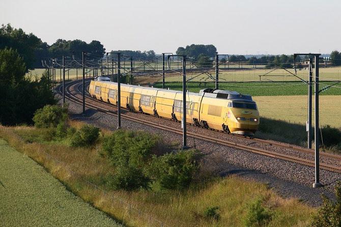 TGV postal à Crisenoy. Rame 951. TGV 6991 Paris - Mâcon