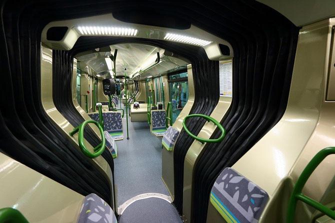 Intérieur rame Translohr STE6. Paris, ligne T6