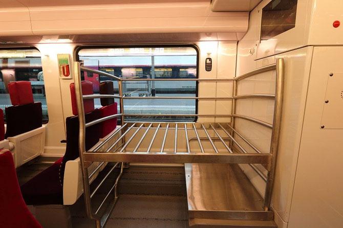 casier à bagages rame automotrice Regio 2N de Bombardier