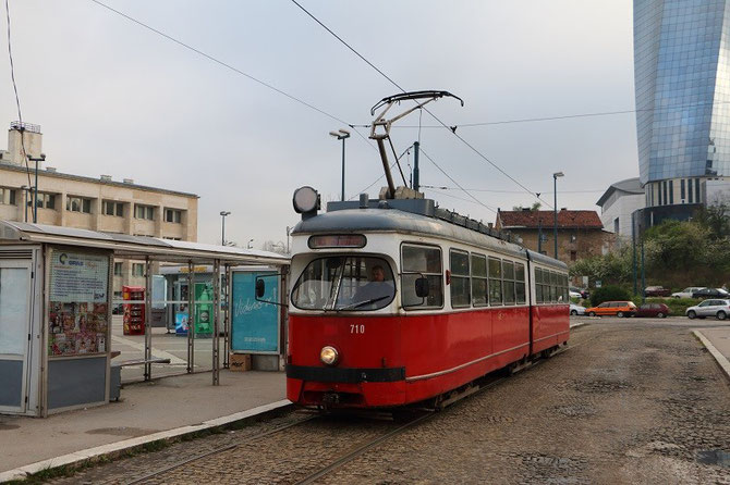 Tramway de Sarajevo ex-Vienne, sur la place de la gare