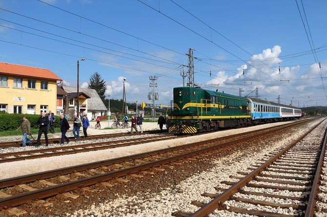 Locomotive 661-278 des ŽRS à Dragolovici
