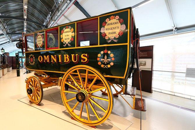 Réplique omnibus à chevaux londonien de 1829