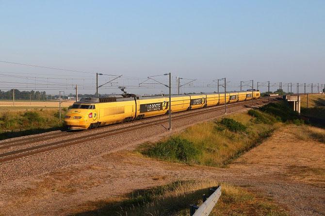 TGV Postal, rame 952, à Moisenay