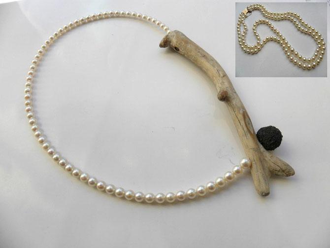 Eliane Amalric - transformations -  collier  2 rangs de très belles perles akoya de la cliente, remonté en deux collier personnalisés  1) bois flotté et caoutchouc sur acier (porté il garde la courbe: le dégradé est mis en valeur, le contraste  avec le bois brut fait ressortir la qualité parfaite des perles)
