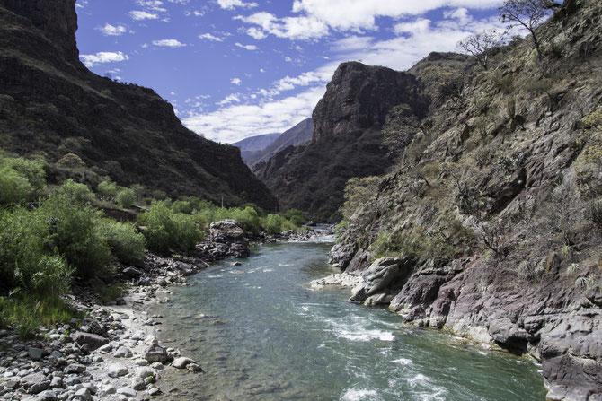 """Das Tal des """"Rio Pachachaca Abancay"""""""