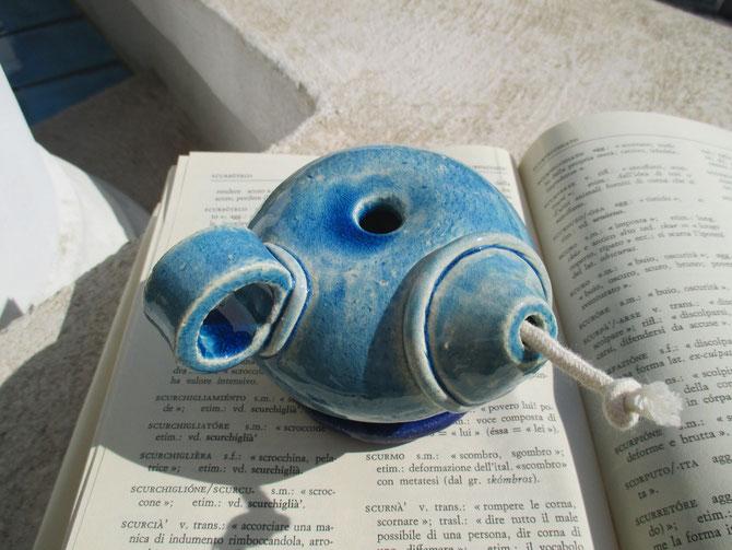 Lanterna etrusca ad olio in ceramica bianca Le Terre di Rò