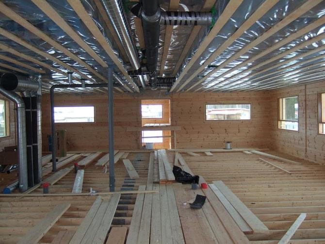 Holzhaus - Rohbauhaus - Ausbauhaus - Mitbauhaus - Blockhausbau im Winter - Bausatz - Massivholzhaus bauen - Hessen - Fundament - Hausbau - Holzbau - Fulda - Hessen  -