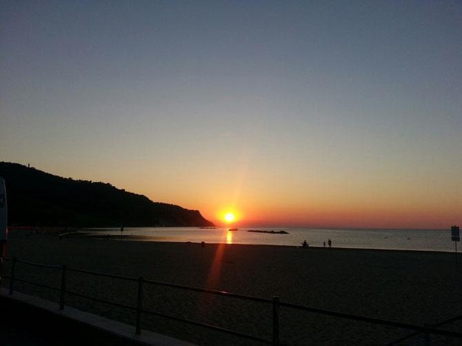Da non perdere il tramonto sul mare