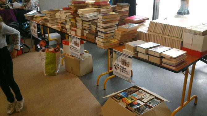 Plusieurs centaines de livres pour le financement de la manifestation