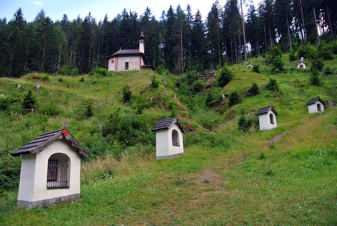 Wallfahrtskirche in Kreuzen Auf der Eben, am Weg zur Windischer Höhe in den Gailtaler Alpen