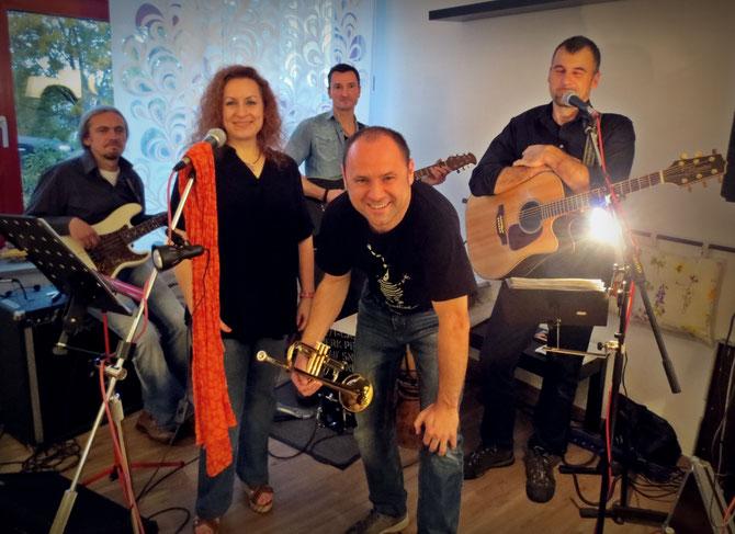 Die Band Art Y Shock: Der musikalische Wellness-Faktor zu den Erlebnistagen 2016 in Teuschnitz.