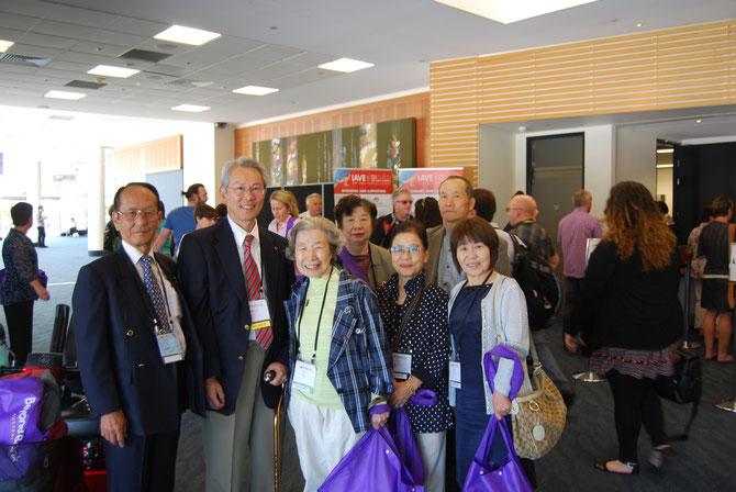 日本からの参加者(一部)とカン・ヒュン・リー前IAVE会長