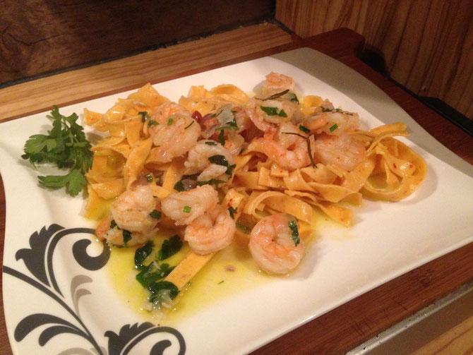 Rezept Gambas al Ajillo – Garnelen mit Knoblauch und Chili in Olivenoel