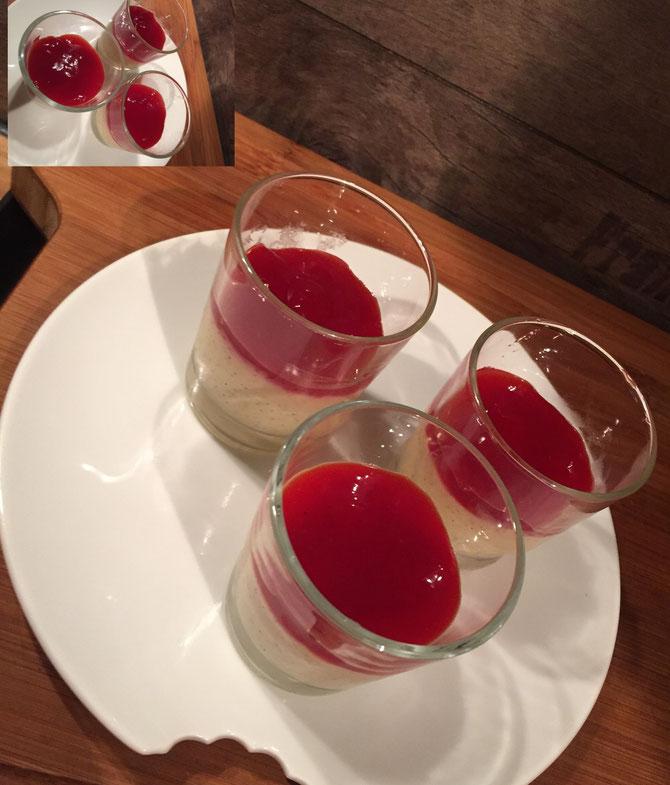 Panna Cotta ohne Gelatine und Agar-Agar mit einer Erdbeer Haube