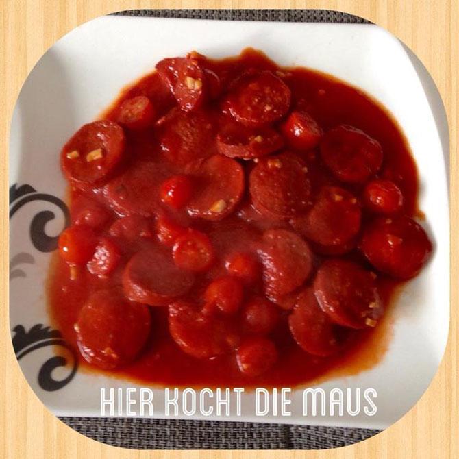 Sucuk in Tomatensauce zum Frühstück oder Brunch