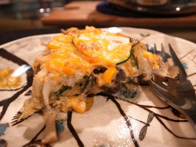 ズッキーニと玉蜀黍とキノコのタルト風