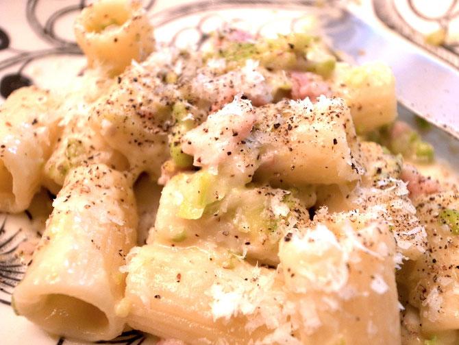 空豆とグリンピースの春パスタ