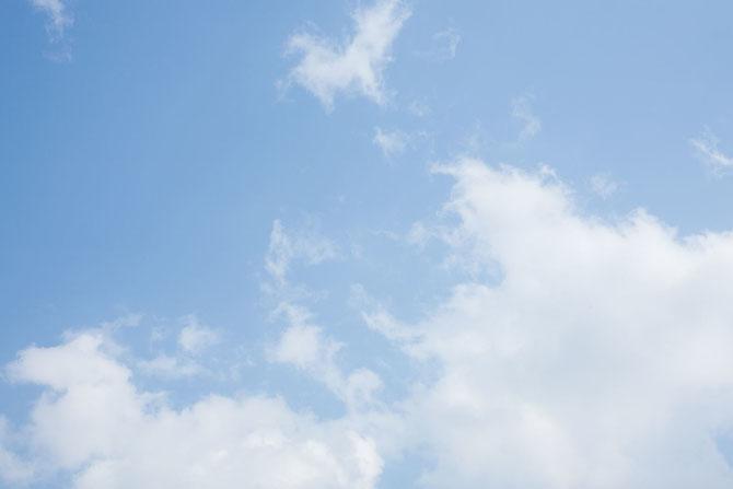 北海道の青空と雲
