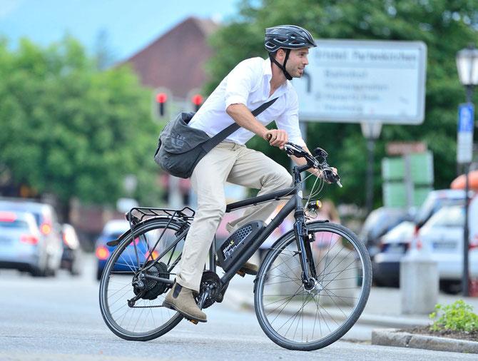 Moverse por la ciudad, ir al trabajo, etc, la bicicleta eléctrica no lo hace sano y divertido
