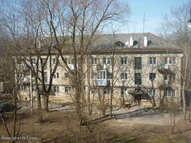 Дом по улице Достоевского 12 в Гатчине