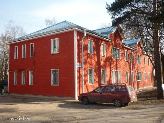 Дом на Урицкого 23 в Гатчине после капремонта